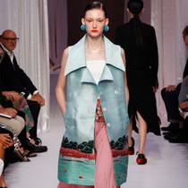 #Suzy米兰时装周 - 物质世界:Gabriele Colangelo和Marco de Vincenzo