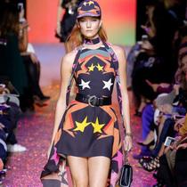 #Suzy巴黎时装周 Elie Saab和Emanuel Ungaro:人生不过是一场派对
