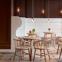 Burberry隆重宣布携手英国高级手工坊The New Craftsmen于Thomas咖啡馆再续完美合作