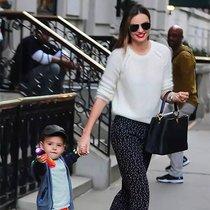 自信、优雅又时髦女人 她们都在背什么包?