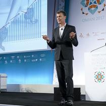 康泰纳仕国际奢侈品会议:Jimmy Choo再创新高