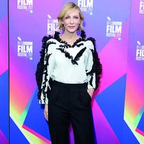 凯特 · 布兰切特 (Cate Blanchett) 身着Givenchy出席第61届伦敦国际电影节