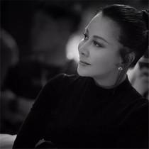 刘嘉玲丨53岁的传奇,自有气象万千-星话题
