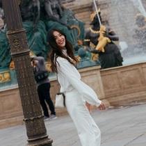 劉雯穿什么都好看 但穿闊腿褲最美-風格示范