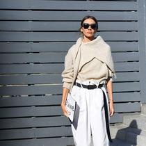 天氣這么冷 兩件毛衣一起穿保暖又時髦-時尚街拍
