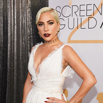 Lady Gaga佩戴蒂芙尼高级珠宝 闪耀第25届美国演员工会奖-名人秀
