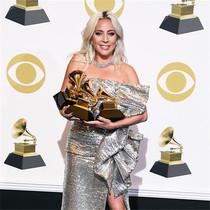 当Gaga遇到JLo 格莱美的台前幕后有多精彩?-星话题