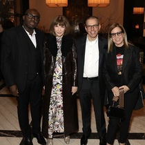Jonathan Newhouse为Vogue和Vanity Fair的编辑们举办鸡尾酒会-派对与盛事