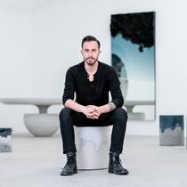 爱彼于2019年巴塞尔艺术展香港展会揭晓 设计师费尔南多?马斯特兰赫洛打造的全新会客厅-行业动态