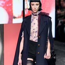 #SuzyPFW: The Power Of The Coat: Miu Miu, Thom Browne-Suzy Menkes專欄