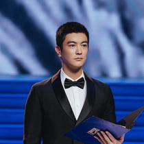 杜江、李鴻其身著 Prada 出席第 28 屆中國金雞百花電影節開幕式-品牌新聞