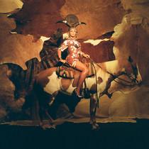 《Black Is King》导演Kwasi Fordjour访谈:碧昂丝式魔法的精髓-时尚圈