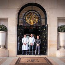四季酒店集团以27颗米其林星荣耀呈现美馔传奇 在全球酒店业充满挑战的一年里,四季酒店旗下餐厅重申对美食服务的严苛标准和一贯承诺-生活资讯