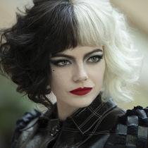 Emma Stone在《黑白魔女庫伊拉》中狂野妝容背后的隱藏含義-彩妝