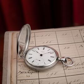 悠久歷史再添新章:鐘表收藏家找到現存最古老的浪琴表