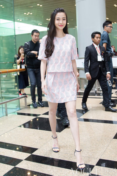 Angelababy 26岁生日,时尚衣橱全解析
