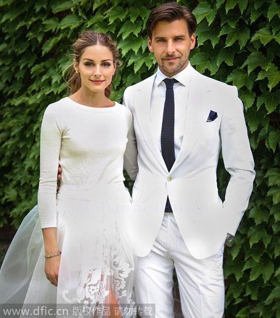 2014新年伊始宣布订婚的奥利维亚·巴勒莫(OliviaPalermo)与男友JohannesHuebl,6月份在纽约贝德福德低调完婚。
