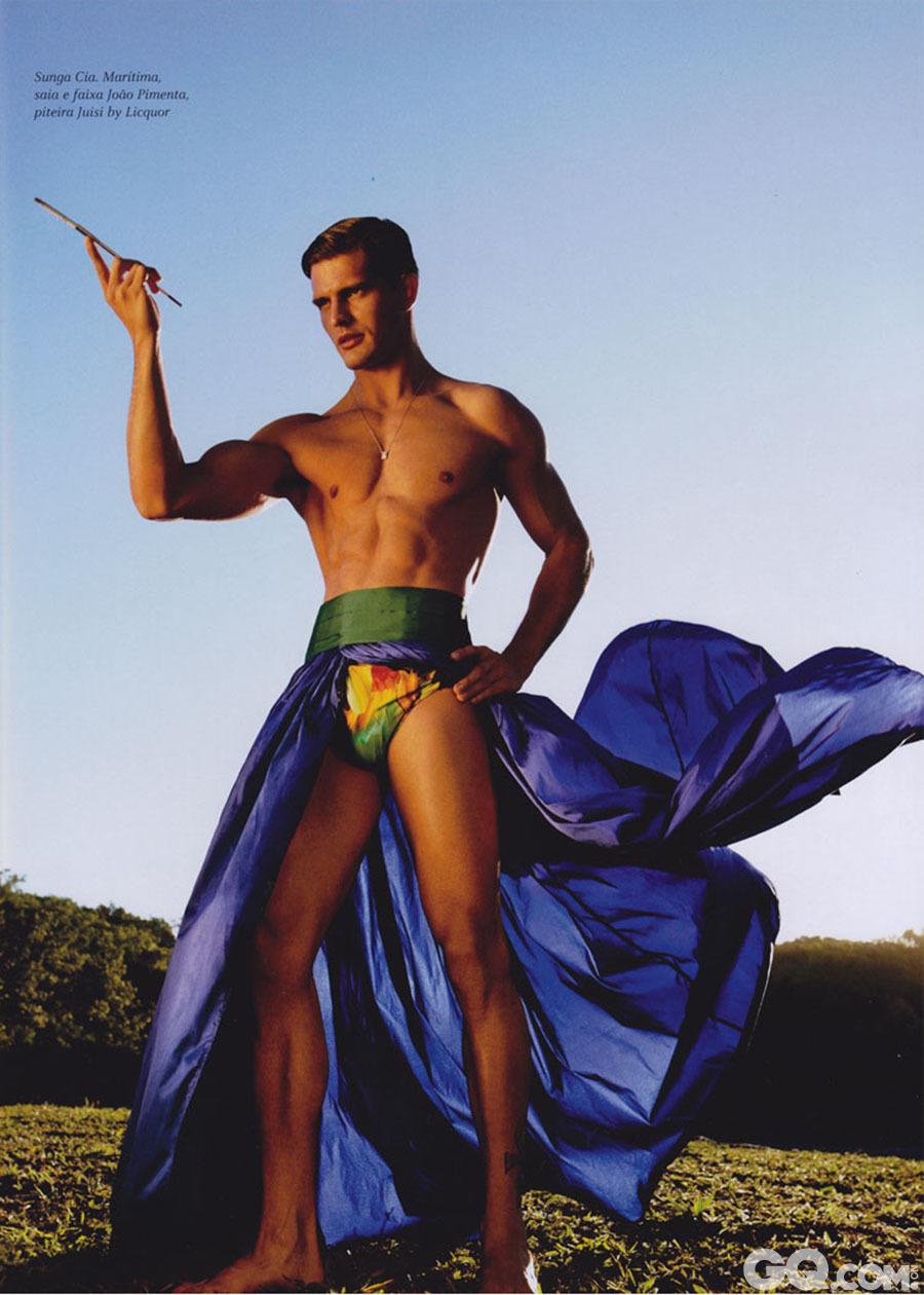 Diego Miguel 出生于1982年的巴西圣保罗,被模特儿经纪公司发掘出来一出道就引起时尚界相当大的注意,工作如雪片般的飞来。让我们可以在很多杂志、T台跟品牌代言广告上看到他俊俏又健美的身材。