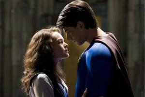超级英雄们和谁谈恋爱?