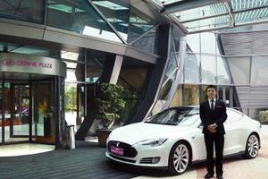 皇冠假日酒店品牌与特斯拉开展战略跨界合作