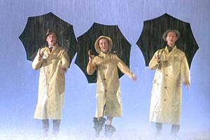 天要下雨偏不打伞——其实是穿了件潮雨衣